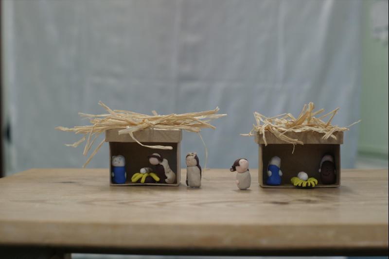 Miniature nativity scenes